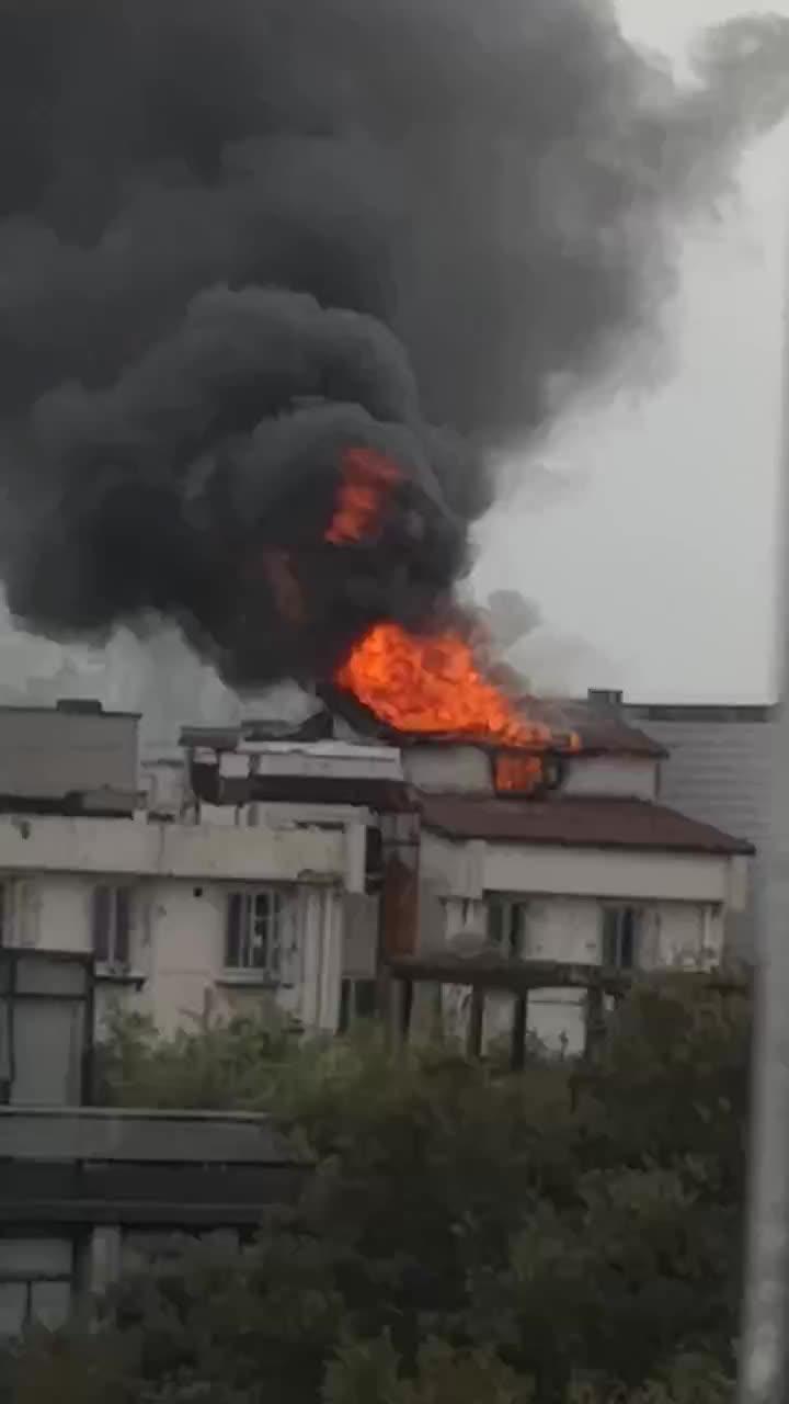 中河街道甬兴新村发生火灾,秋天的时候特别要留意火灾
